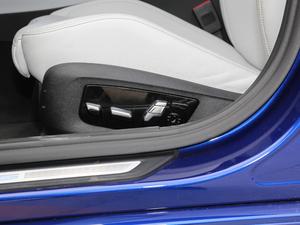 2018款4.4T V8 座椅调节