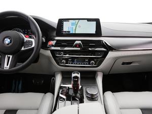 2018款4.4T V8 中控台