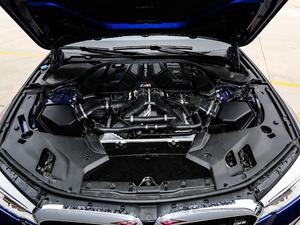 2018款4.4T V8 发动机