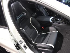 2019款AMG C 63 S 空间座椅