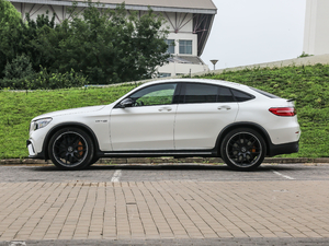 2018款AMG GLC 63 S 4MATIC+ Coupe 纯侧