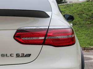 2018款AMG GLC 63 S 4MATIC+ Coupe 尾灯