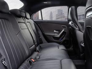 2019款AMG A 35 4MATIC Sedan 空间座椅