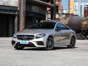 2019款AMG E 53 Coupe 4MATIC+ 正侧45度