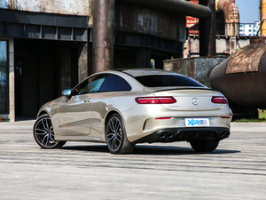 2019款AMG E 53 Coupe 4MATIC+ 后侧45度