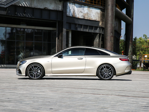 2019款AMG E 53 Coupe 4MATIC+ 纯侧