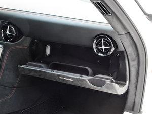 2014款AMG SLS Black Series 手套箱