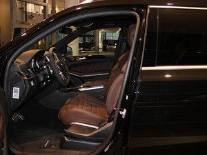 2014款AMG GL 63 前排空间