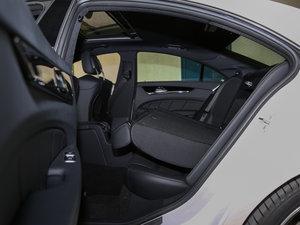 2015款AMG CLS 63 4MATIC 后排座椅放倒