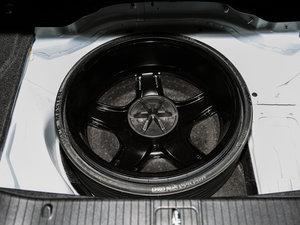 2015款AMG CLS 63 4MATIC 备胎