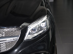 2015款AMG ML 63 头灯