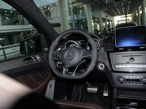 2015款AMG ML 63 方向盘