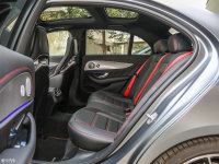 空间座椅奔驰E级AMG 后排空间