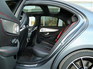 2017款AMG E 43 4MATIC 特别版 后排空间