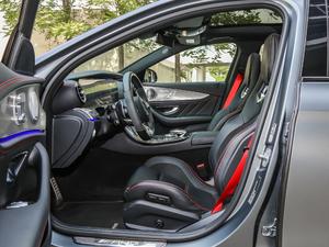 2017款AMG E 43 4MATIC 特别版 前排空间