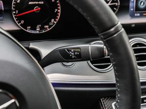 2017款AMG E 43 4MATIC 特别版 变速挡杆