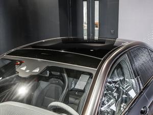 2017款AMG E 63 S 4MATIC+ 特别版 车顶