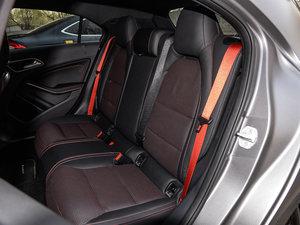 2017款AMG A 45 4MATIC 后排座椅