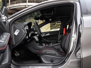 2017款AMG A 45 4MATIC 前排空间