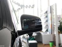 细节外观奔驰GLS级AMG后视镜