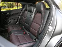 空间座椅奔驰GLA级AMG后排座椅