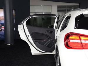 2017款AMG GLA 45 4MATIC 后车门