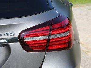 2018款AMG GLA 45 4MATIC 尾灯