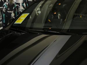 2018款AMG GLA 45 4MATIC暗夜雷霆限量版 雨刷