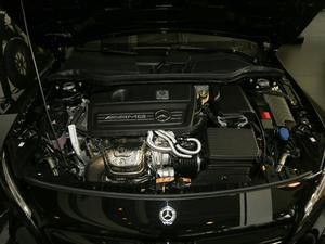 2018款AMG GLA 45 4MATIC暗夜雷霆限量版 发动机