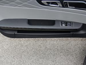 2018款AMG GT C 中国特别版 车门储物空间