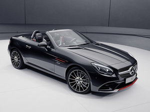 2017款AMG SLC 43 RedArt Edition 整体外观