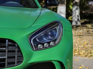 2017款AMG GT R 头灯