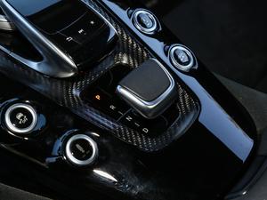 2017款AMG GT R 变速挡杆