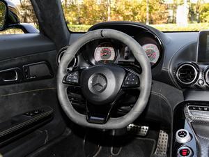 2017款AMG GT R 方向盘