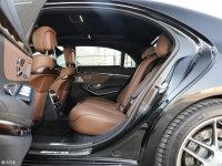 空间座椅奔驰S级AMG后排空间