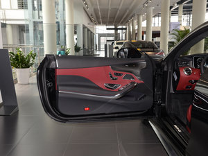2017款AMG S 63 Coupe 驾驶位车门