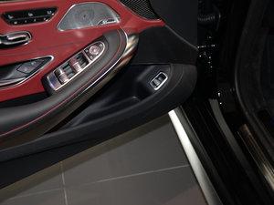 2017款AMG S 63 Coupe 车门储物空间