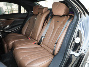 2018款AMG S 63L 4MATIC+ 后排座椅