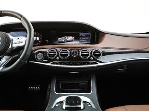 2018款AMG S 63L 4MATIC+ 中控台