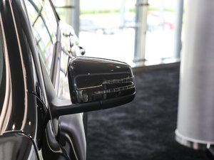 2017款改款 AMG CLA 45 4MATIC 后视镜