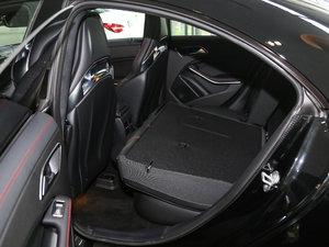 2017款改款 AMG CLA 45 4MATIC 后排座椅放倒