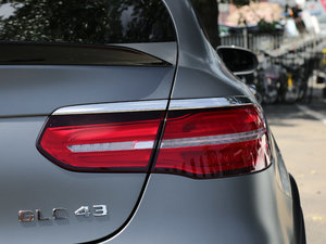 2017款AMG GLC 43 4MATIC Coupe 尾灯