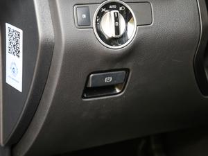2017款AMG GLE 43 4MATIC 驻车制动器