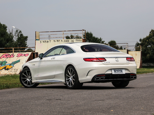 2018款AMG S 63 Coupe 4MATIC+ 后侧45度