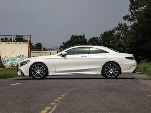2018款AMG S 63 Coupe 4MATIC+ 纯侧