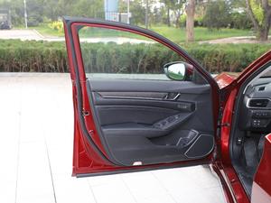 2018款2.0L 锐尊版 驾驶位车门