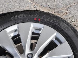 2016款2.4L 新春限量特装版 轮胎品牌
