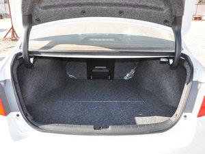 2016款2.4L 新春限量特装版 行李厢空间