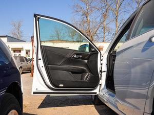 2016款2.4L 新春限量特装版 驾驶位车门
