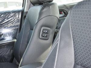 2016款2.4L 新春限量特装版 空间座椅